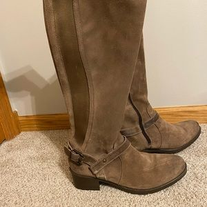 Bos & Co suede Boots